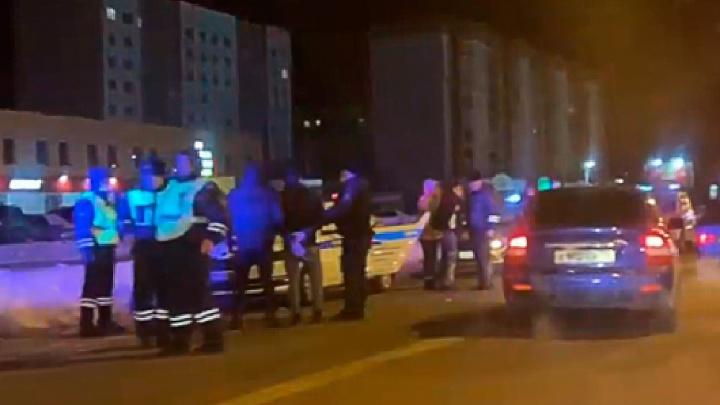 На пьяную компанию, из-за которой полиция устроила стрельбу, завели уголовное дело