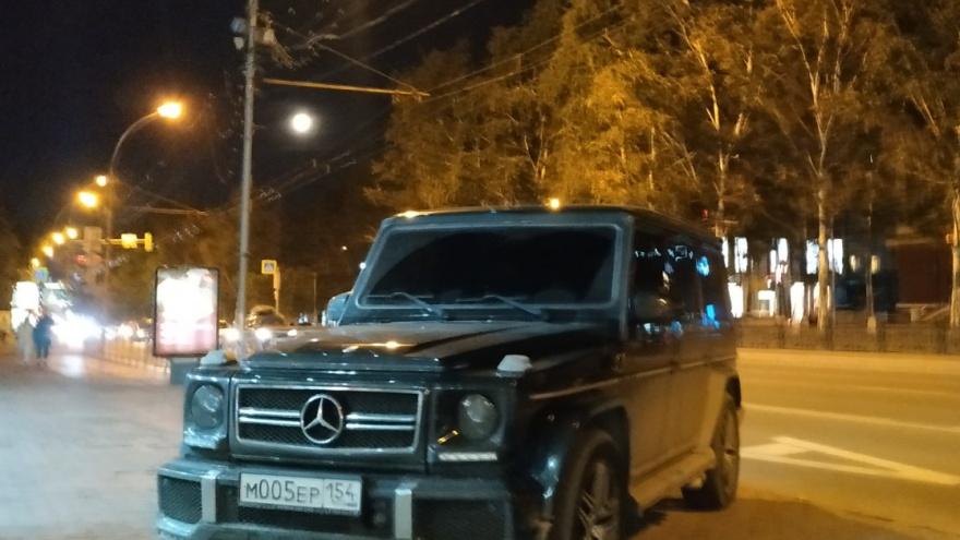 Как паркуется «мафия» на «Гелендвагене» 005 и как хитрецы бронируют себе по 2 места кривой парковкой