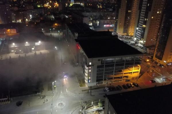 Дымом заволокло улицу