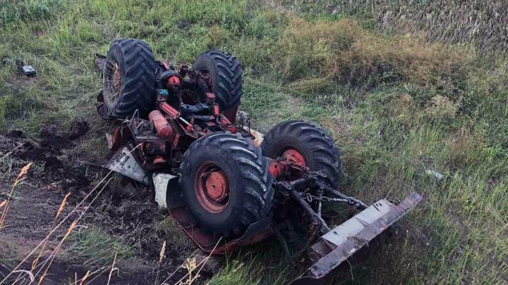 Смяло, как бумажный: в Самарской области в ДТП погиб водитель трактора