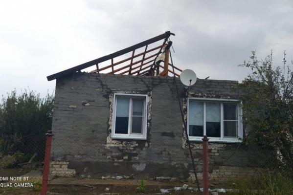 16 домов остались без крыши из-за страшного ветра