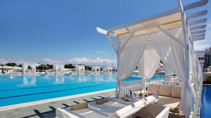 Отдых не по шаблону: в Новосибирске предприниматели и инвесторы создают новый формат пляжного отдыха