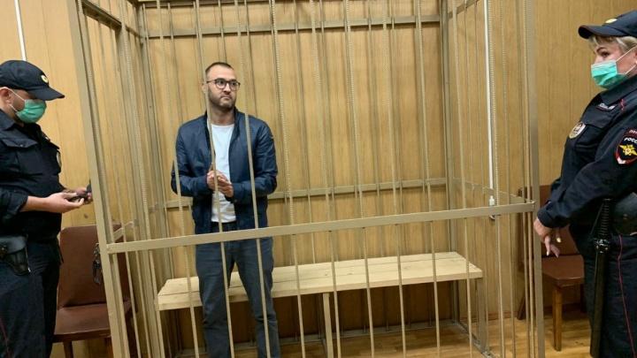 Стали известны подробности задержания экс-таможенника и родственника председателя суда из Челябинска