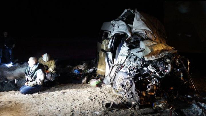 Губернатор Азаров: количество погибших в аварии под Самарой увеличилось