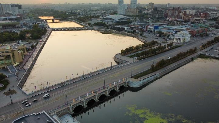 Власти выбрали компанию, которая за миллионы рублей подсветит мосты в Челябинске