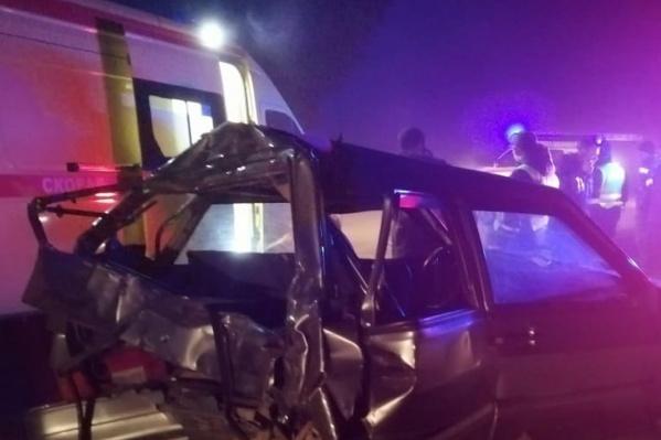 В ДТП попали две легковых машины и два грузовика