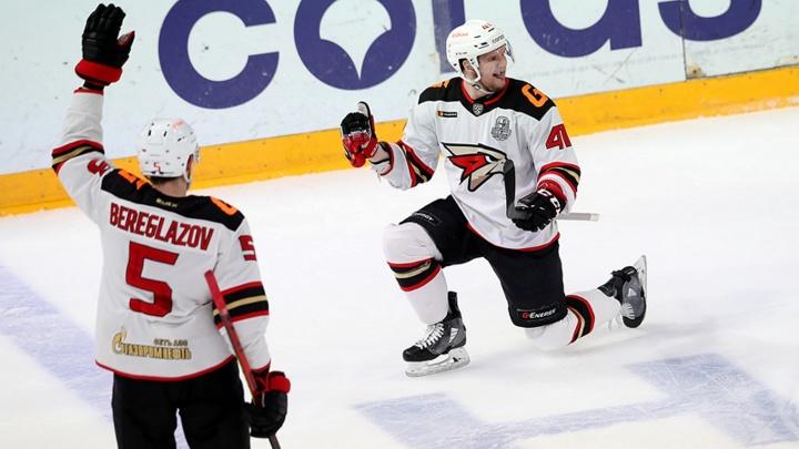 Казань взяли: «Авангард» нанес первое поражение «Ак Барсу» в нынешнем плей-офф