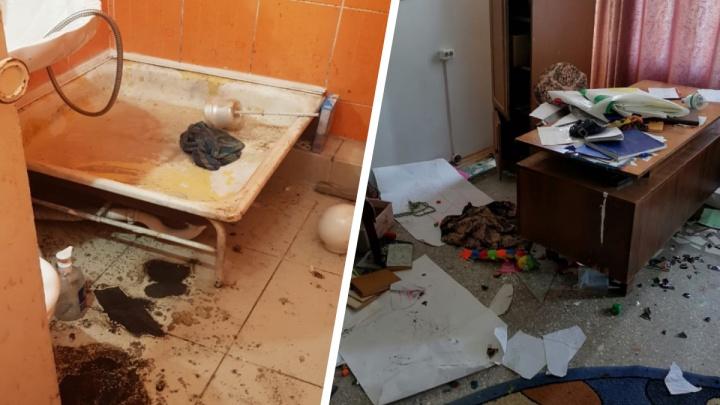В Анапе детей-инвалидов заселили в грязные номера с плесенью и сажей. Возбудили уголовное дело