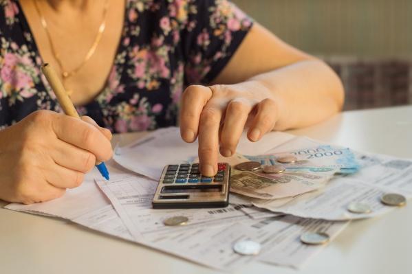 Коммунальные платежи никогда не становятся меньше, снизить цифры можно только экономией