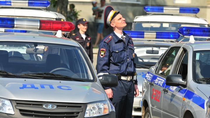 Сколько платят полицейским? В МВД на Урале в два раза выросло число вакансий