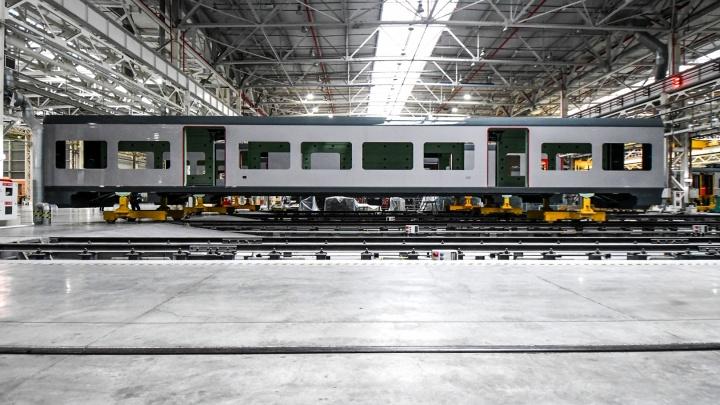 Из Москвы в Питер — за час. Уральский завод начнет выпускать первые в стране сверхскоростные поезда