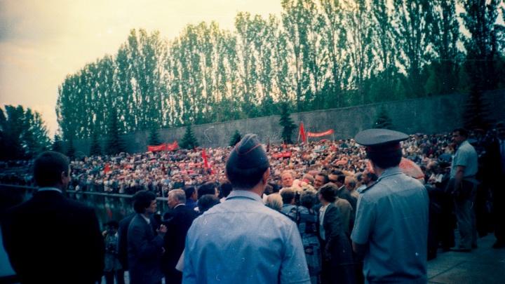 Это наша история: волгоградский фотограф поделился редкими снимками из 90-х