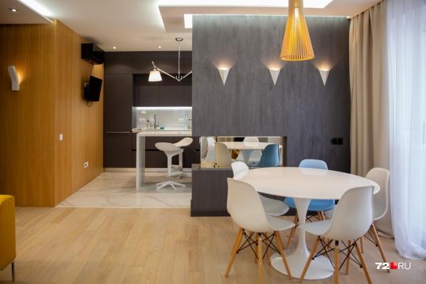 Нынешний владелец квартиры продает ее дешевле, чем покупал пару лет назад. Почему — узнаете из нашего репортажа