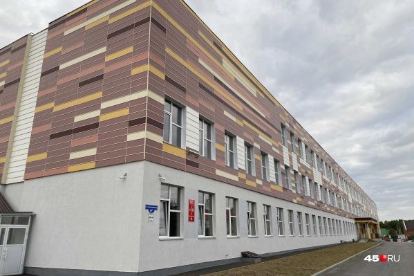 В Кетово прошла очередная встреча по поводу закрытой школы