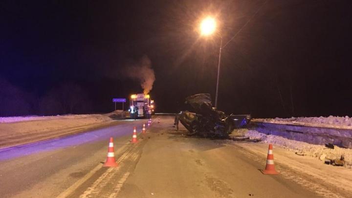 В Мошковском районе водитель «Лады» погиб в ДТП с грузовиком