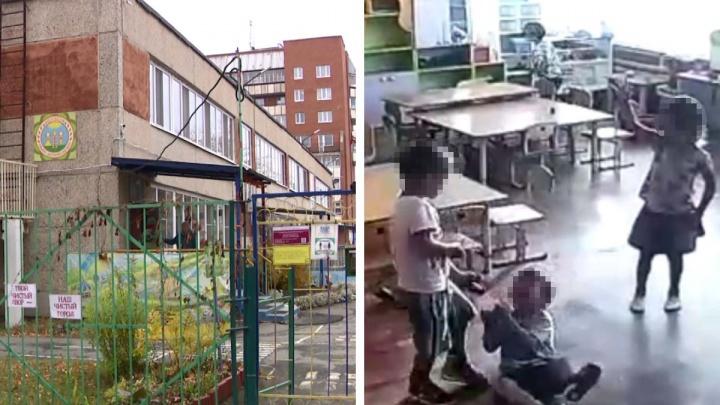 «Никто не хочет идти на нищенские зарплаты»: родители заявили о нехватке воспитателей после ЧП в садике