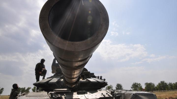 Блуждают ли российские военные возле украинской границы? 161.RU проверил по снимкам со спутника