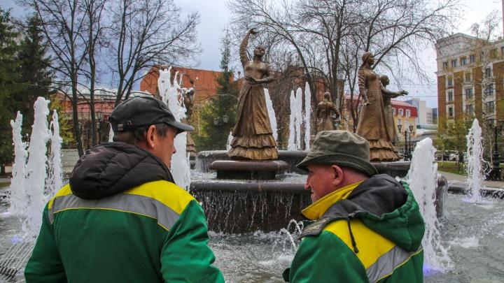 «Семь девушек» вновь пустились в пляс. Фоторепортаж с тестового открытия центрального фонтана в Уфе