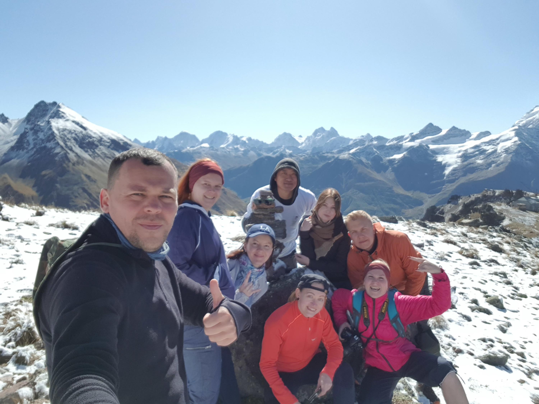 В обычной жизни Сергей Сенчук организует поездки для туристических групп на Кавказ