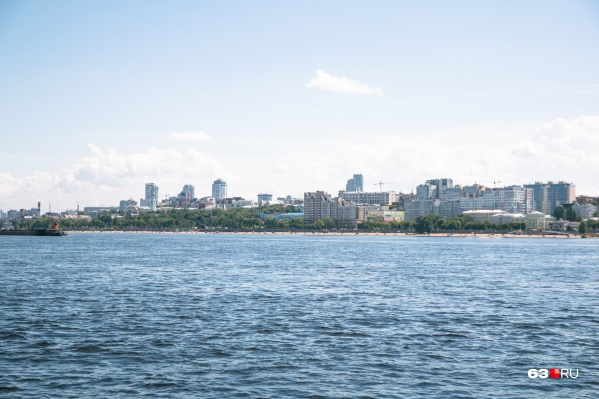 """В районе Самары температура воды в Волге опустилась до <nobr class=""""_"""">22,8 градуса</nobr>"""