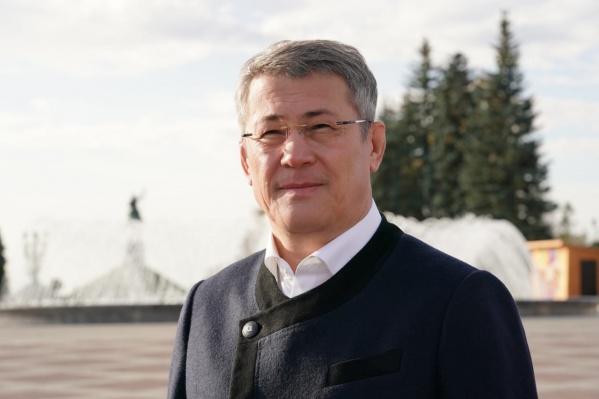 Награду Хабиров получил за вклад в социально-экономическое развитие республики