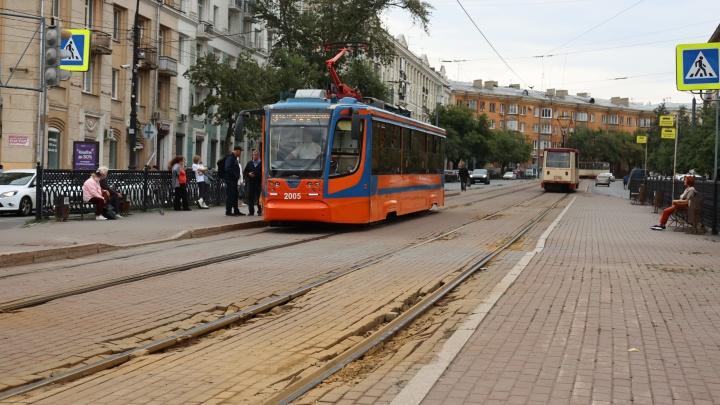 В центре Челябинска остановят трамвайное движение, чтобы разобрать пути и заменить их на новые