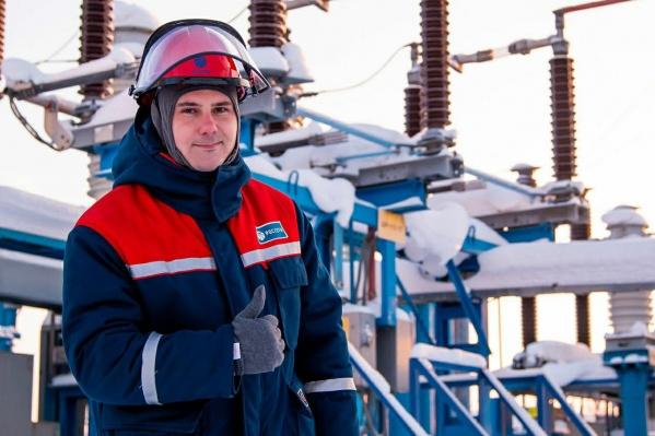 """Энергетики компании&nbsp;«Россети Тюмень» запитали электроэнергией еще <nobr class=""""_"""">21 фельдшерско-акушерский</nobr> пункт региона"""