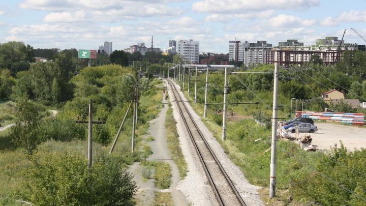 В РЖД объяснили, почему не согласовали ремонт проблемного моста на Луганской