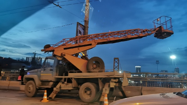 Полный кузов нарушений: СК начал расследовать гибель рабочих после ДТП в Ростове