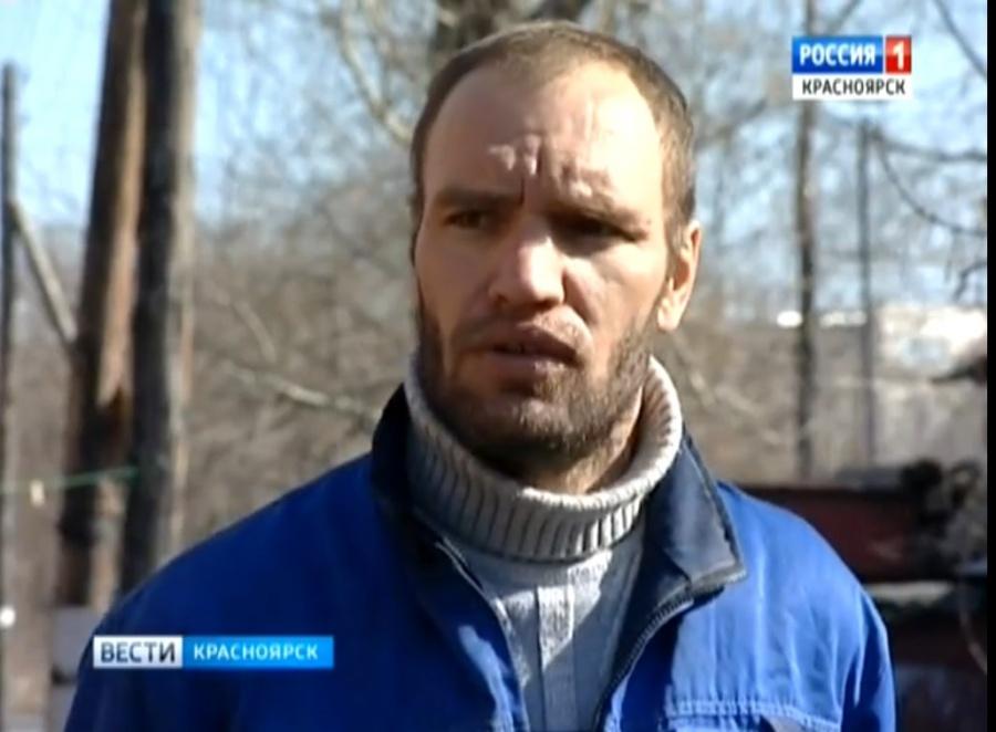 Гражданин Красноярска спас малыша, рожденного нетрезвой матерью прямо всугроб