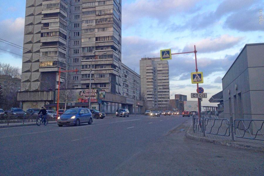 ВКрасноярске светофорный объект наулице Дубровинского заработал в общепринятом режиме