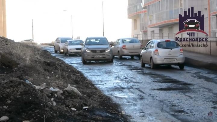«Деревня дураков»: жители «Орбиты» сравнили себя с героями популярной телепрограммы из-за плохих дорог