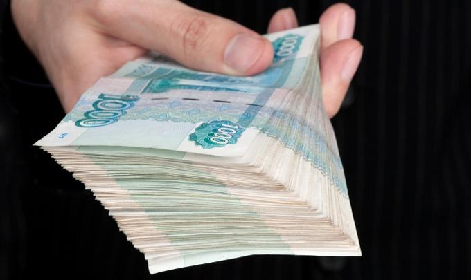Попавшегося на мошенничестве сотрудника СибГАУ обвиняют еще в одной махинации на 5,6 млн