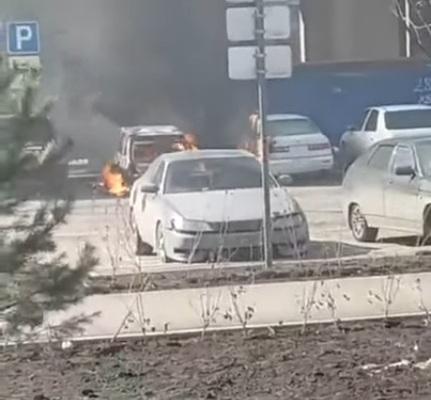 В «Преображенском» дотла выгорели два авто