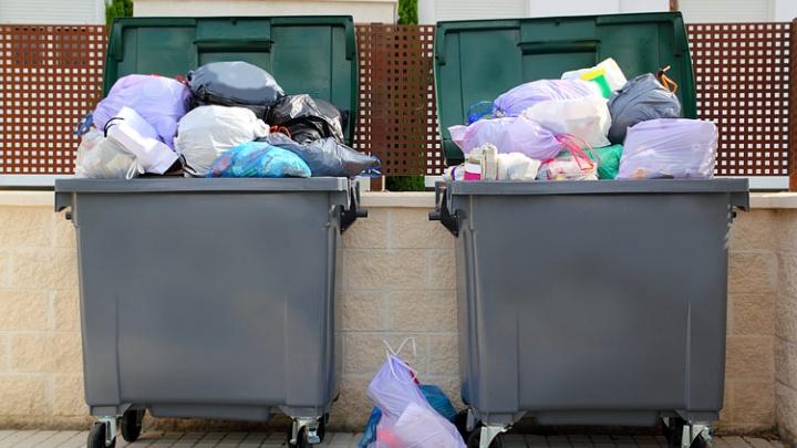 Две УК оштрафованы за открытые мусорки у домов по Вильского и Джамбульской