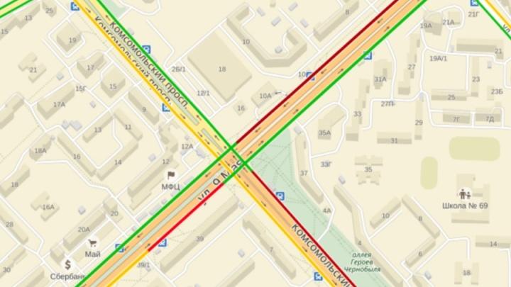 Авария с маршруткой поставила в пробку улицы «Северного»