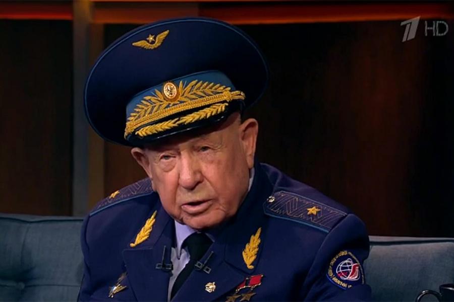 Известный кузбассовец Алексей Леонов поучаствовал впрограмме «Вечерний Ургант»