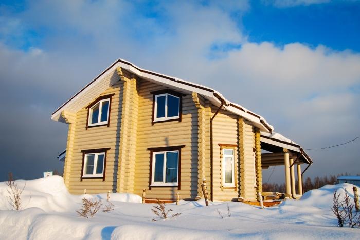 Загородный дом. Купить или построить?