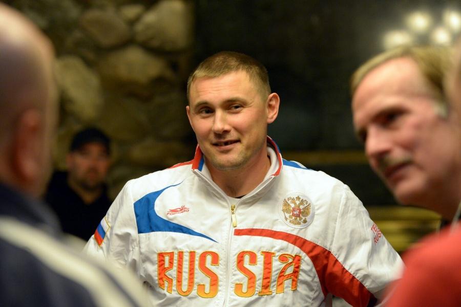 Внижегородском аэропорту экипаж обокрал призёра чемпионата мира покарате