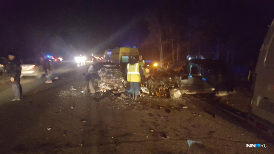 Два человека погибли вДТП наподъезде кДзержинску