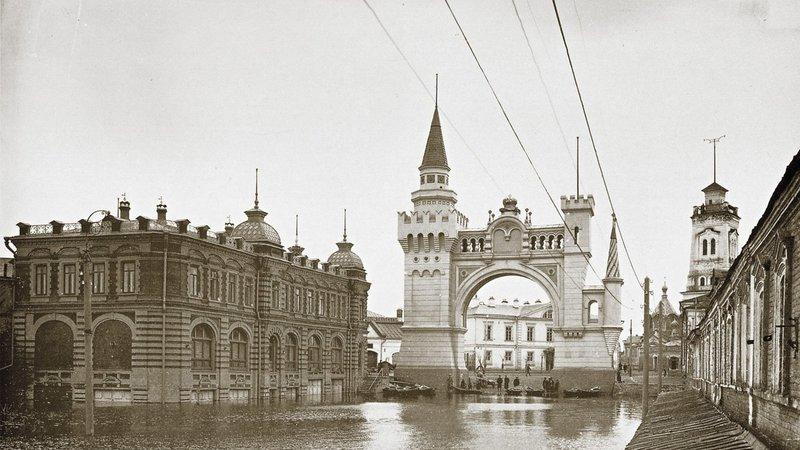 Нижегородцы предлагают восстановить Триумфальную арку кЧМ