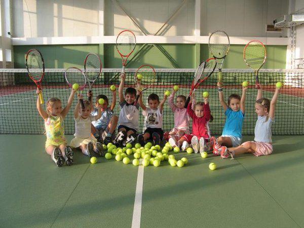 «Теннису все возрасты покорны!»
