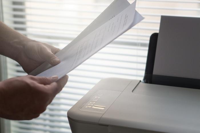 Мигранты покупали пакет документов в среднем за 9–12 тыс. руб.