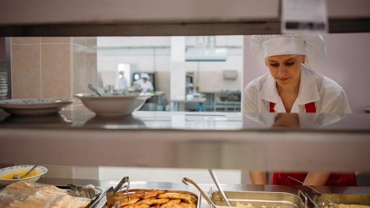 В НГУ открылась столовая после ремонта за 60 миллионов
