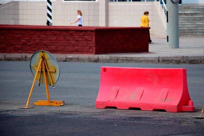 Улицы по всему Новосибирску перекроют из-за первомайских гуляний (подробная схема)