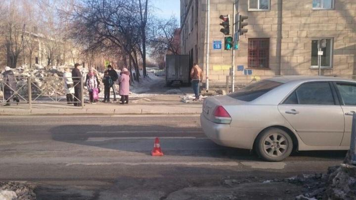 Молодой водитель на «Марк II» сбил двух детей на Вертковской