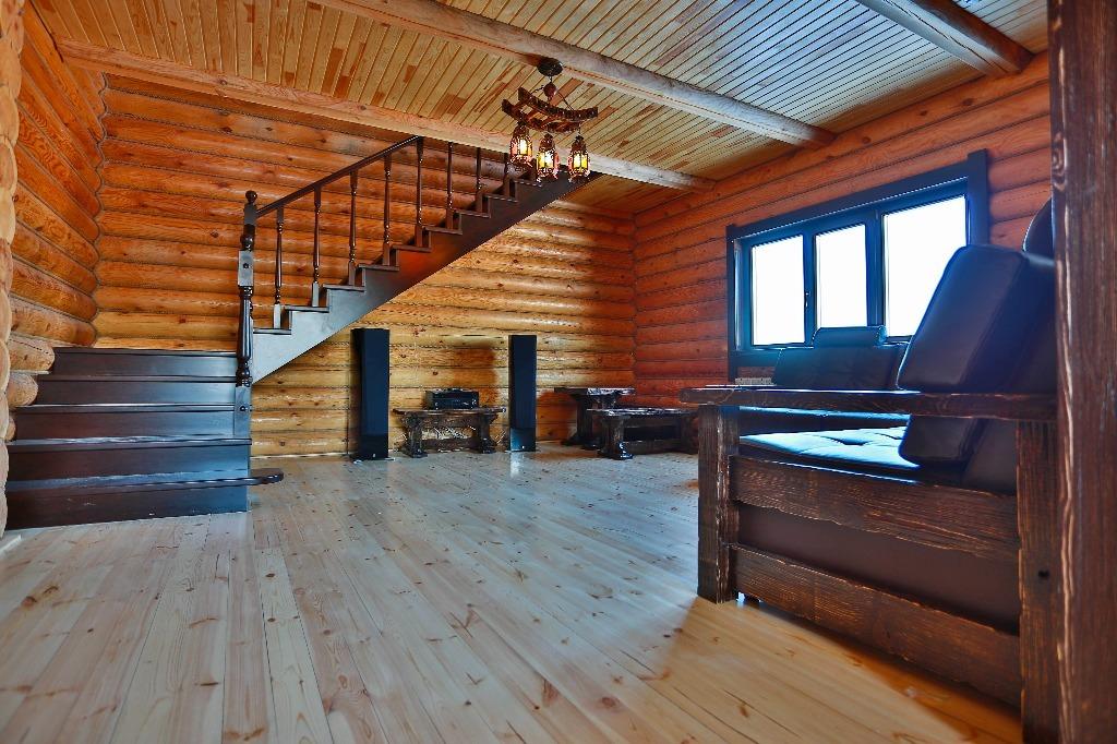 В доме электрическое отопление, автономное водоснабжение и несколько санузлов. Мебель и сантехника — новые<br>
