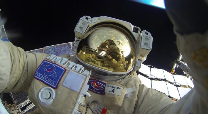Селфи космонавта Сергея Волкова с его страницы «ВКонтакте»