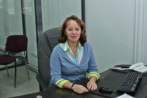 """<b class=""""_""""><i class=""""_"""">Наталья Разногузова, директор агентства № 101 PPF Страхование жизни в г. Красноярске</i></b><br><br>«Я горжусь тем, что со мной работает большая и сплоченная команда, которая помогает жителям нашего города обрести уверенность, что их благополучие каждый день под надежной защитой. Вообще, я всегда говорю, что профессия финансового консультанта наравне с профессией врача или пожарника имеет благородную миссию: заботиться о людях».<br>"""