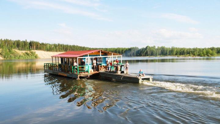 Новосибирцы едут за город: им обещают отдых «все включено» и бесплатные речные экскурсии